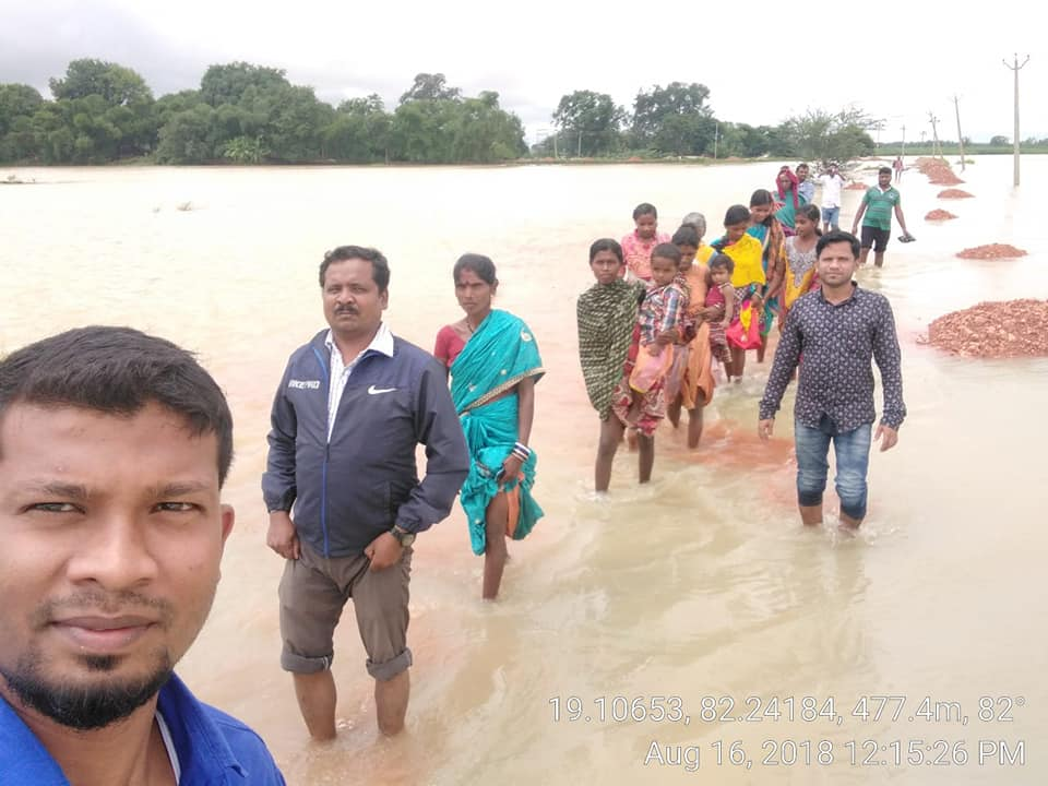 Rescue operation by BYV Members  in Malkangiri district during flood